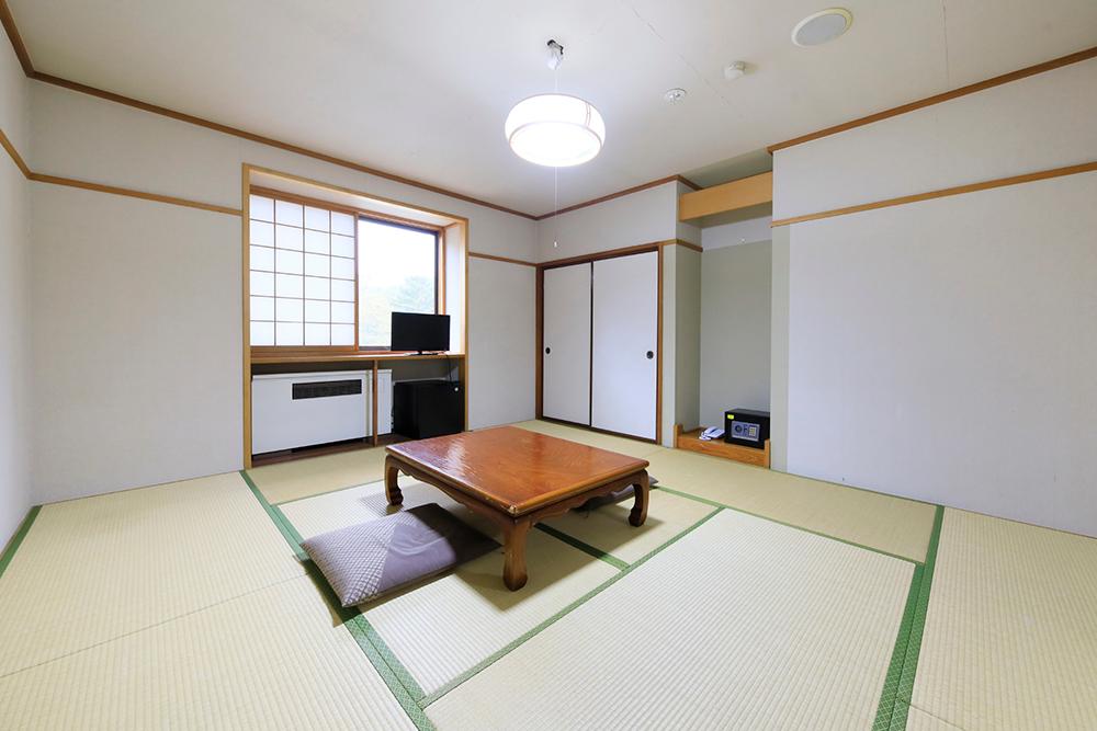 【本館】 角部屋特別和室(24畳)